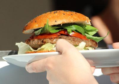 kachelofa-hoffest-burger-mediterran