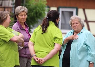 kachelofa-hoffest-landfrauen-im-gespraech
