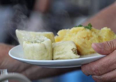 kachelofa-hoffest-maultaschen-mit-kartoffelsalat