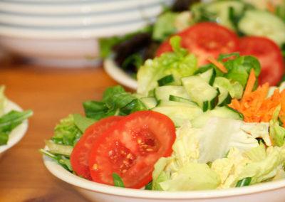 kachelofa-hoffest-salatteller